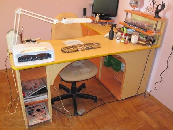 Как сделать маникюрный стол своими руками